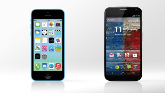 iphone-5c-vs-moto-x
